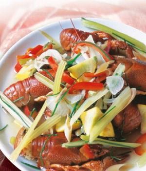 Rivierkreeftjes in eigen kookvocht met groenten