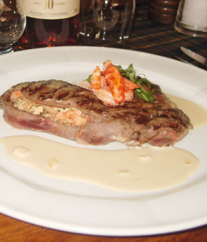 Dunoon Steak gevuld met kreeftworstjes