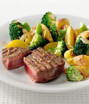 Gegrilde biefstuk met peper-knoflookrub