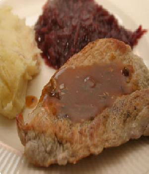 Gepaneerde schnitzel met kruidenbitter jus