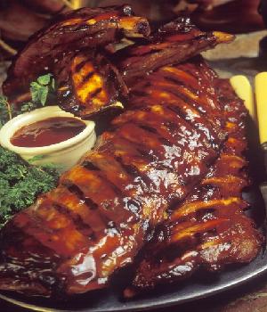 Spareribs met 'East Side' barbecuesaus