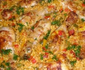Paella van het Spaanseland met Konijn en Kip