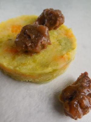 Hertengoulash met stamppot van spruitjes en pompoen