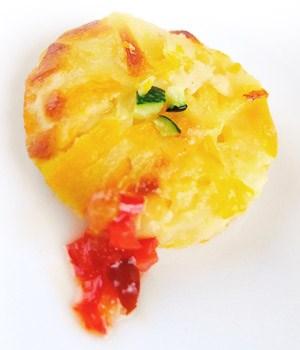 Aardappel- en pompoenkoekjes met rode paprikasaus