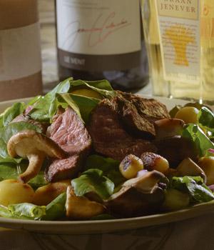 Speciale biefstuk salade met hazelnootjes