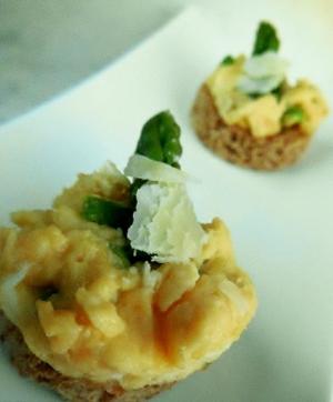 Omelette  met groene asperges en kaas