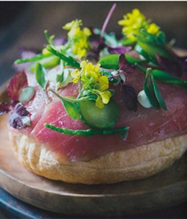 Pizza tonijn wasabi, zeegroentjes